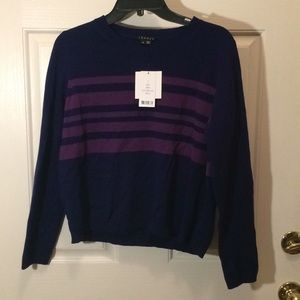 Theory cashmere sweater LG - with small hole